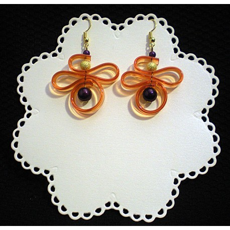Boucles d'oreille en lacet plastique