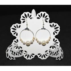 Boucles d'oreille créoles et perles